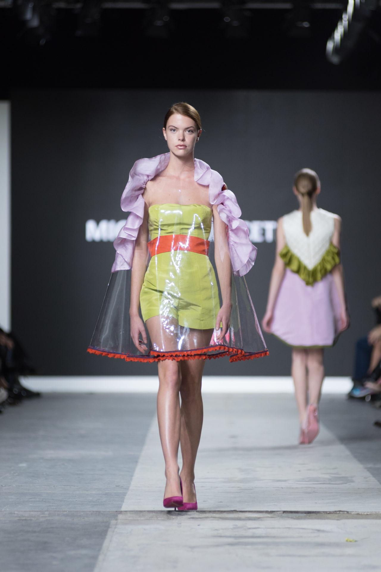 Accademia costume moda fashion show fashion graduate for Accademia fashion design milano