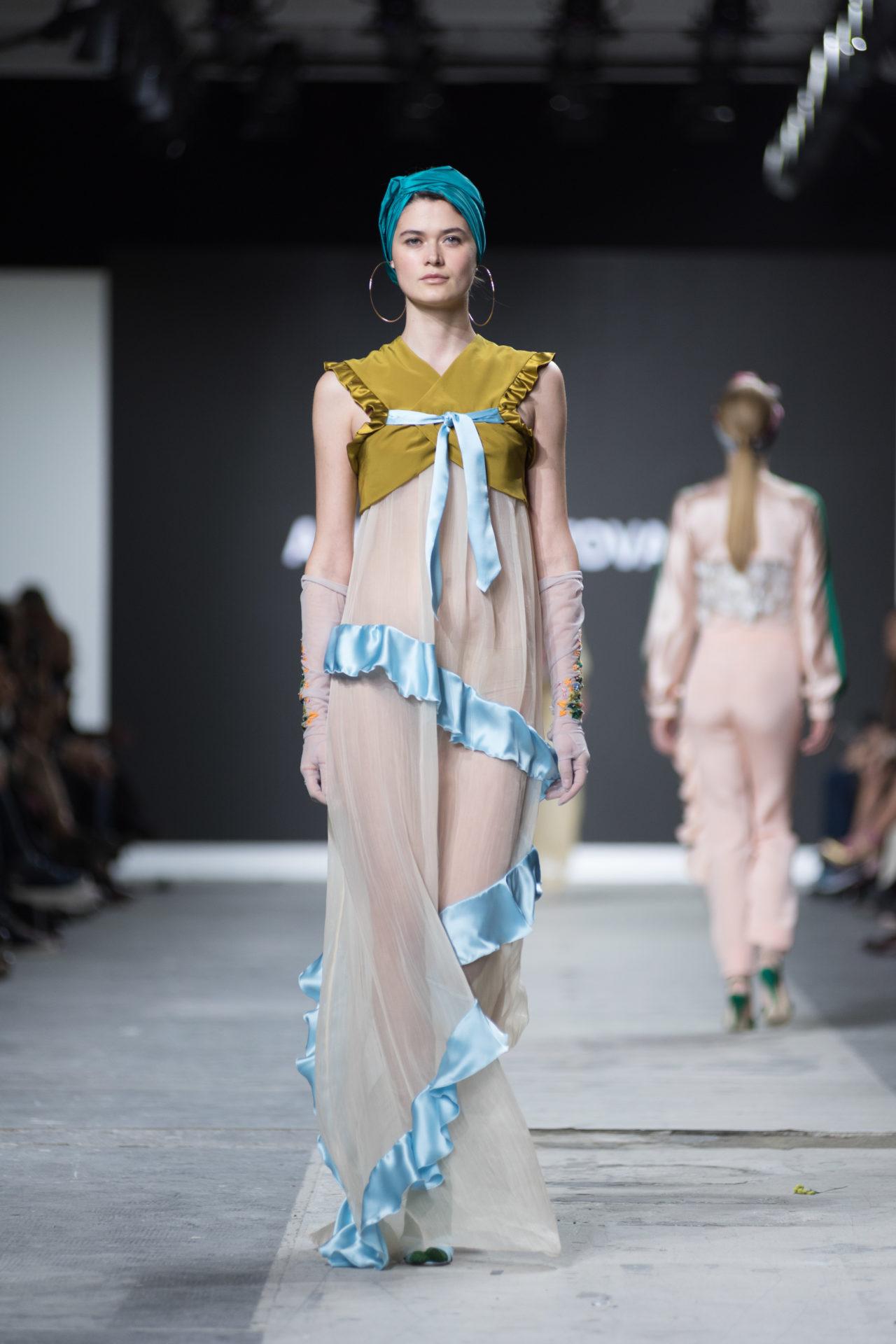 Fashion Designer: Mantovani Anna - Fashion Graduate Italia Fashion Show - Accademia Costume & Moda