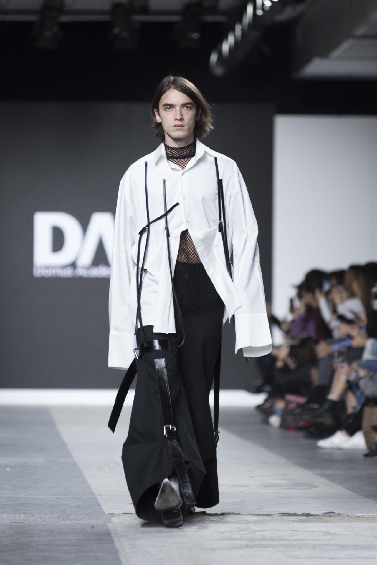 Fashion Designer: Adireg Camenoi -Fashion Graduate Italia Fashion Show - Domus Academy