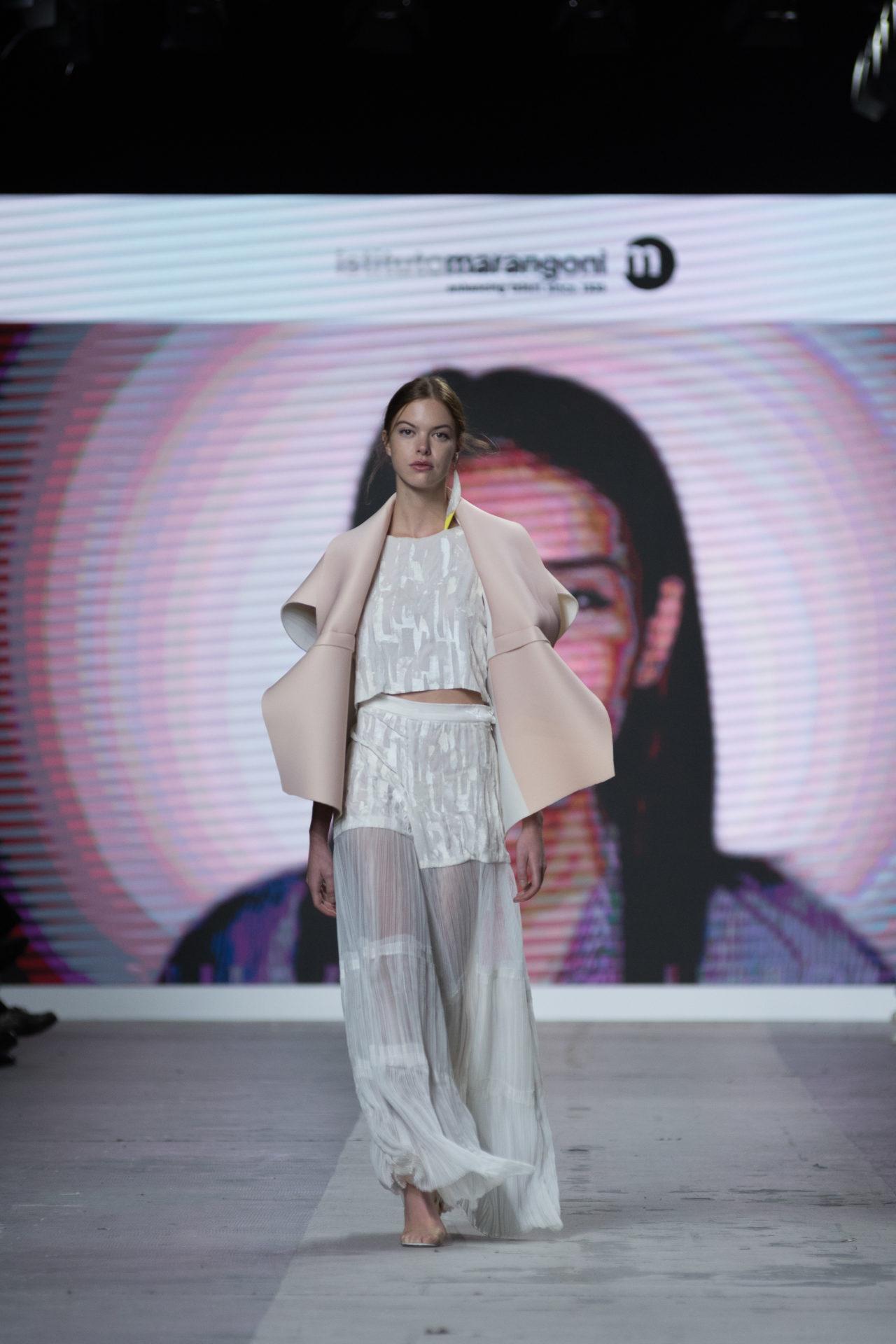 Fashion Designer: Chiara Columbu - Fashion Graduate Italia Fashion Show - Istituto Marangoni