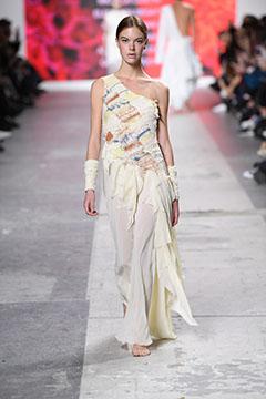 Fashion Designer: DNA TRACCE DI MEMORIA - Fashion Graduate Italia Fashion Show - LABA Libera Accademia di Belle Arti