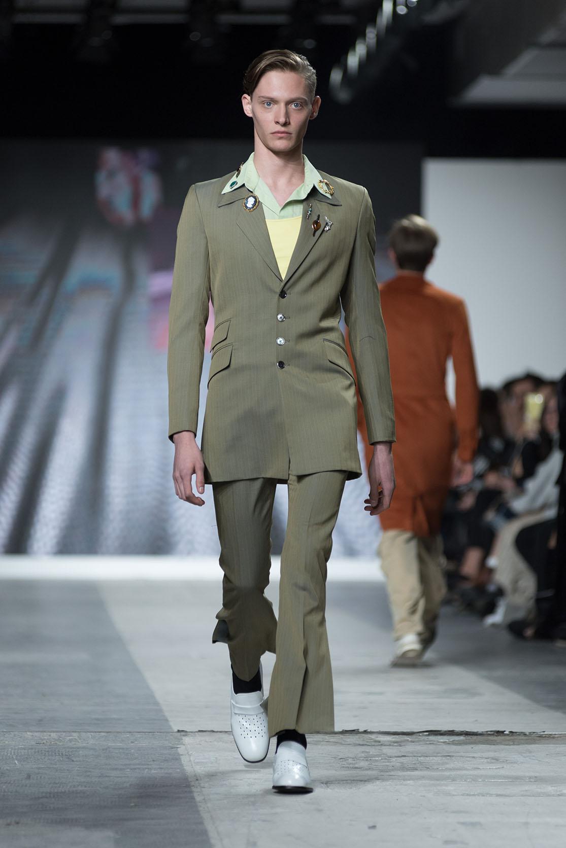 Fashion Designer: seungchae yu - Fashion Graduate Italia Fashion Show - Istituto Secoli